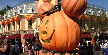 a disneyland itinerary perfect for kindergarteners